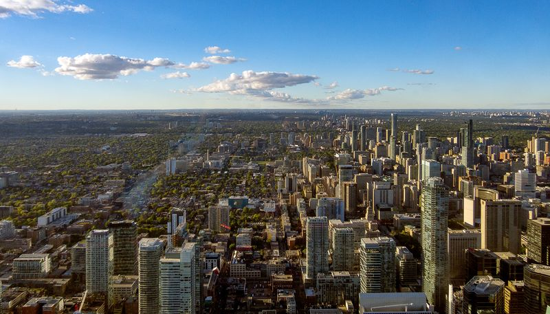 cn-tower-toronto-pohled