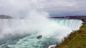 niagarske-vodopady-kanada-toronto
