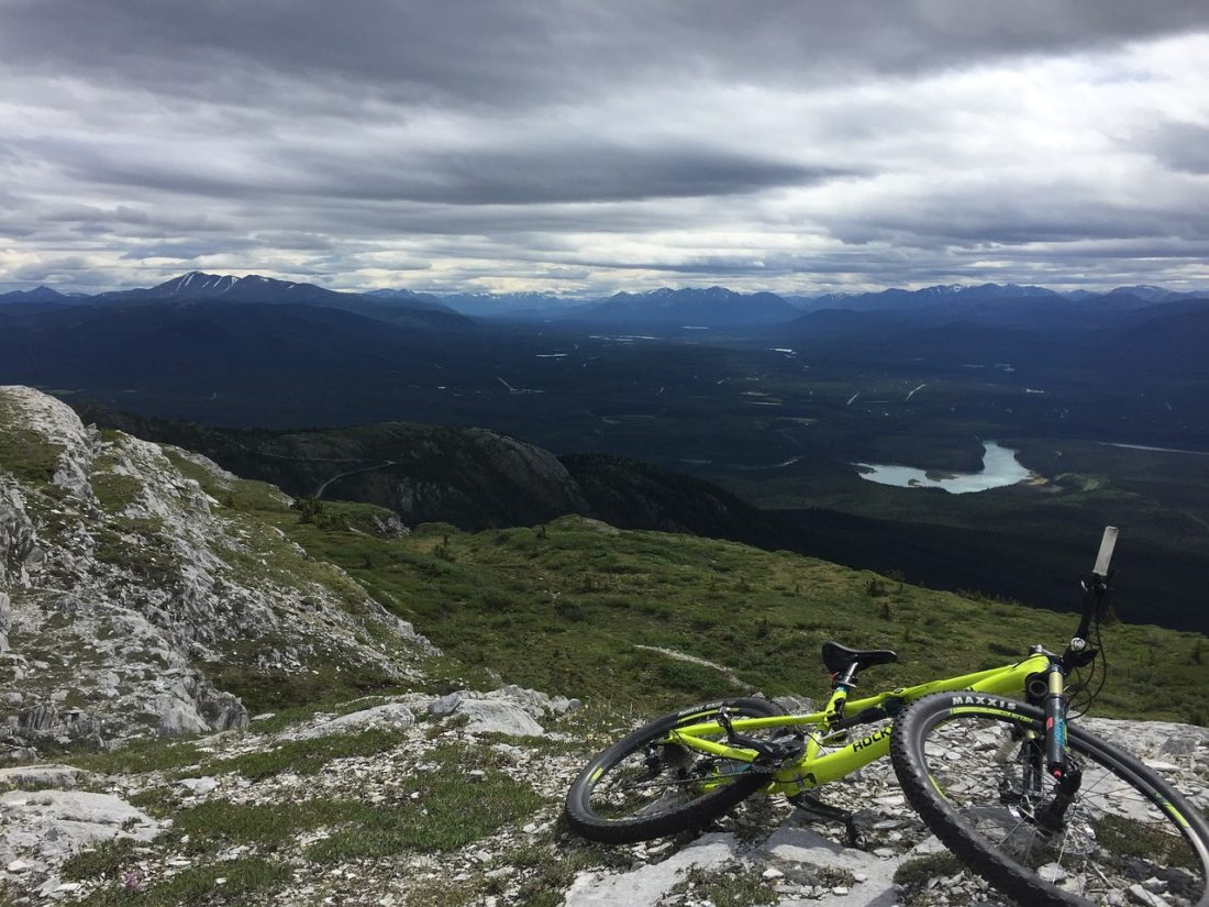mountain-biking-yukon