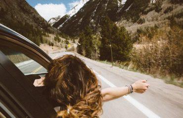Dlouhodobý pobyt v zahraničí a odhlášení od zdavotního pojištění