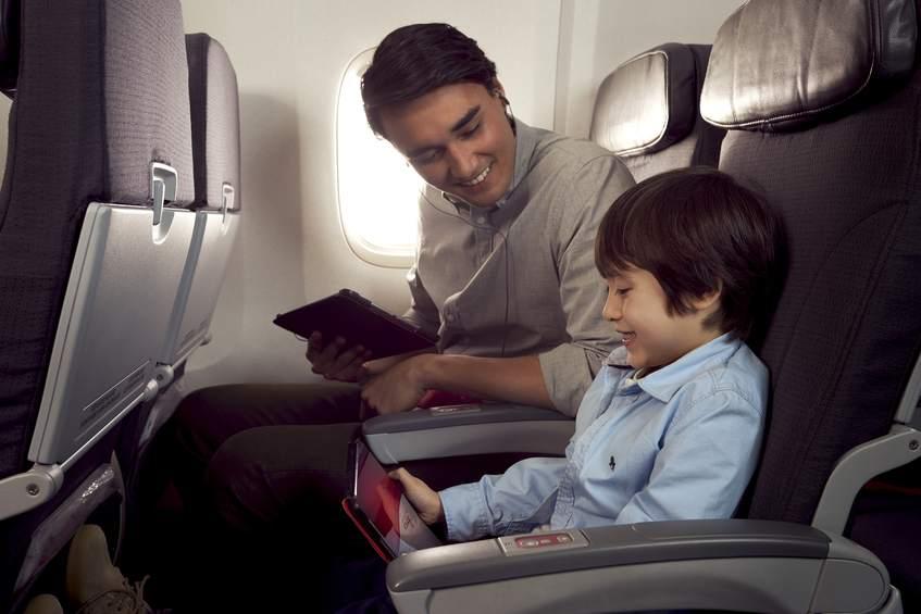 Ekonomická třída v Boeingu 767-300ER Air Canada Rouge