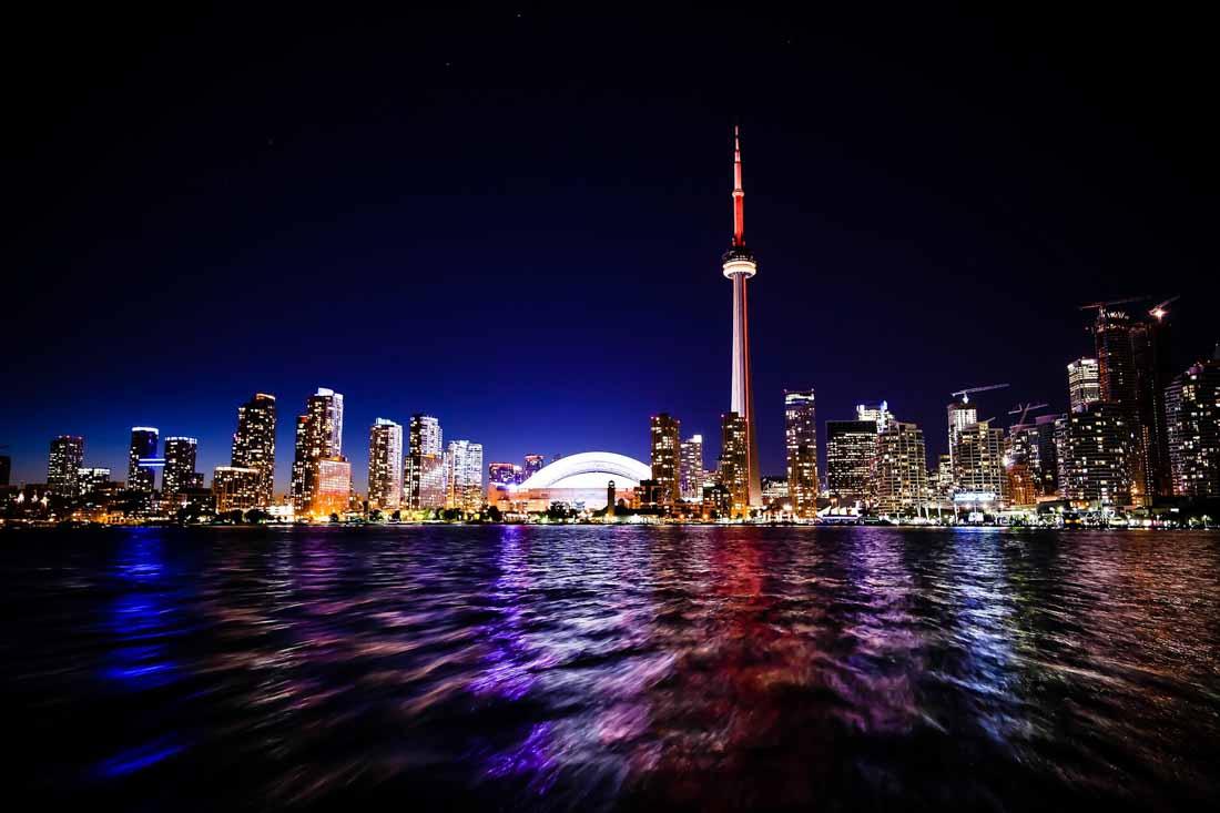 Toronto a život v Kanadě s trvalým pobytem