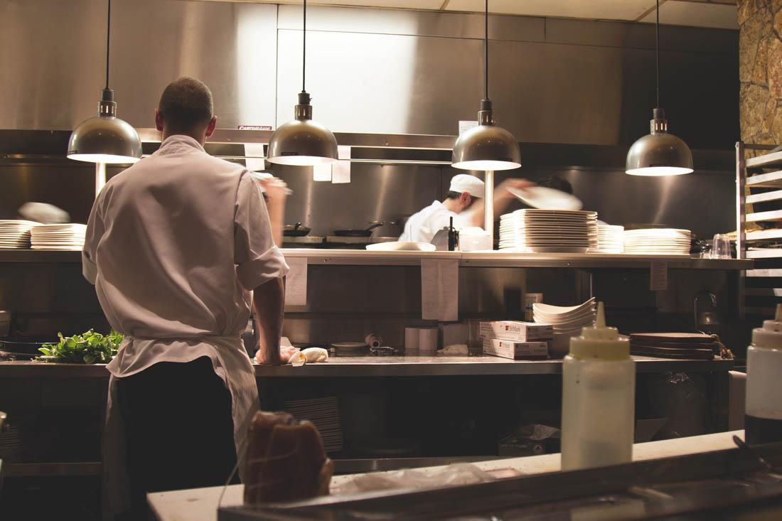 Práce v restauraci v rámci Working holiday