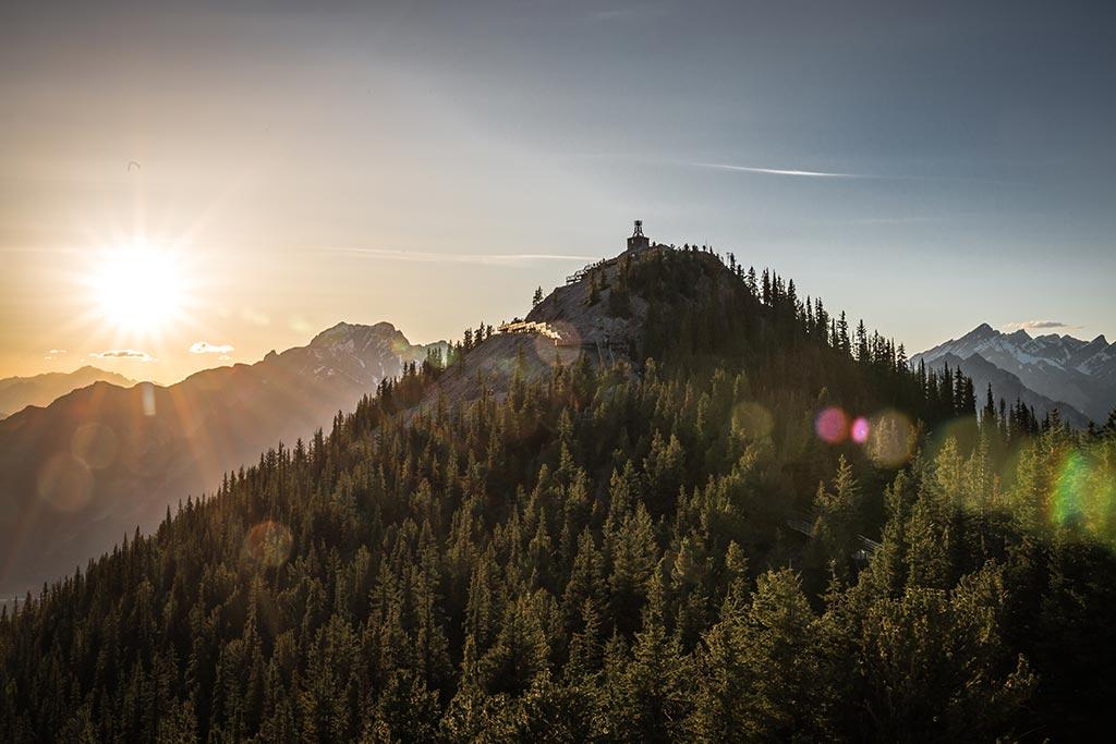 Západ slunce nad Sulphur Mountain