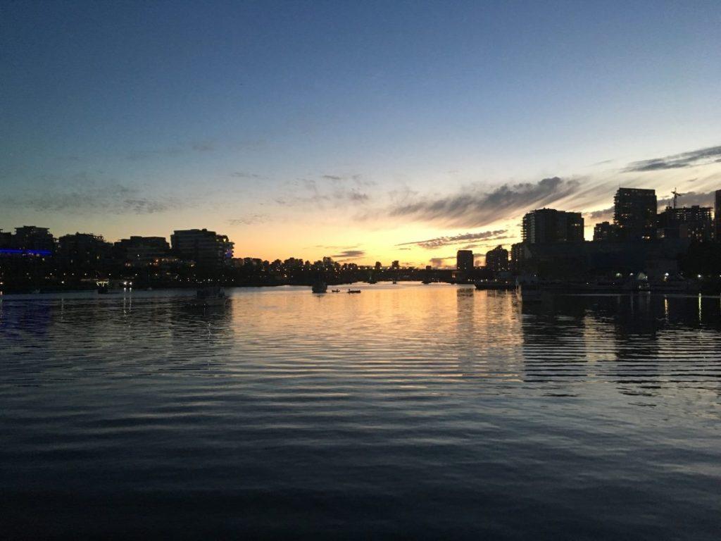 večerní Vancouver