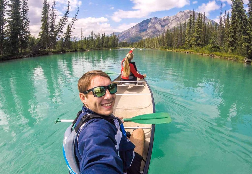 Rozhovor - Matěj a Natka - pracovní benefity Banff
