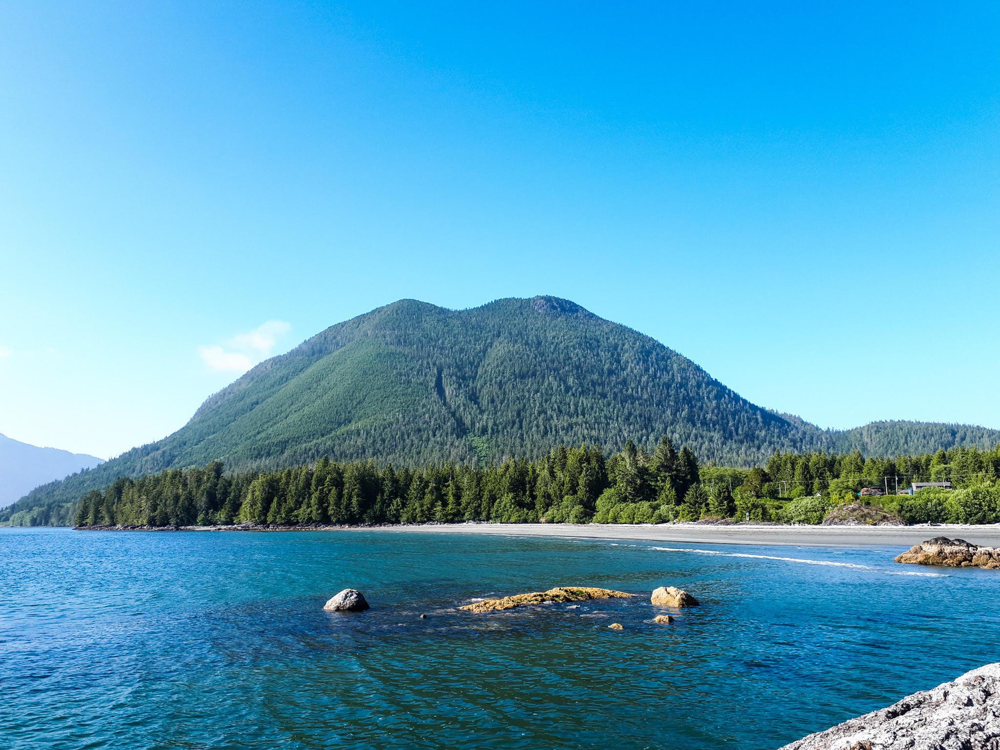 ostrov Lone Cone Island u Tofina, Vancouver