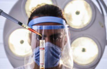 Vliv očkování Covid-19 na cestu do Kanady